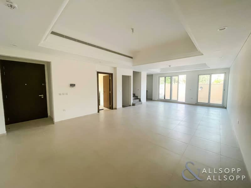2 Exclusive   Backing Park   4 Bed Plus Maid