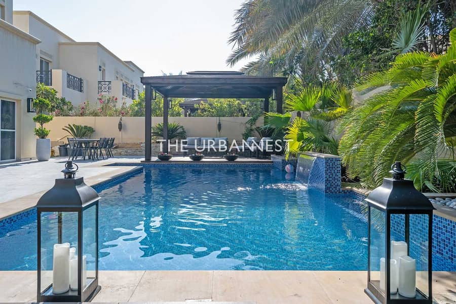 2 Elegant Upgraded |Landscaped with Decking and Pool