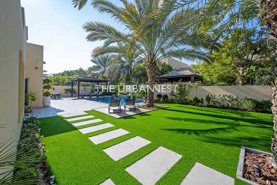 35 Elegant Upgraded |Landscaped with Decking and Pool