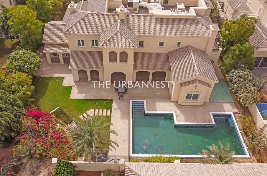 2 6 Bedroom Home | with Pool |  Golf Homes