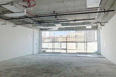محل تجاري  للايجار في أرجان، دبي - Road Facing Newly Semi-Fitted Retail Shop