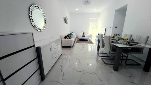 شقة 2 غرفة نوم للايجار في أرجان، دبي - لا توجد عمولة |  صيانة مجانية |  صالة مكونة من غرفتين نوم في برج أرجان المتميز |  64 كيلو