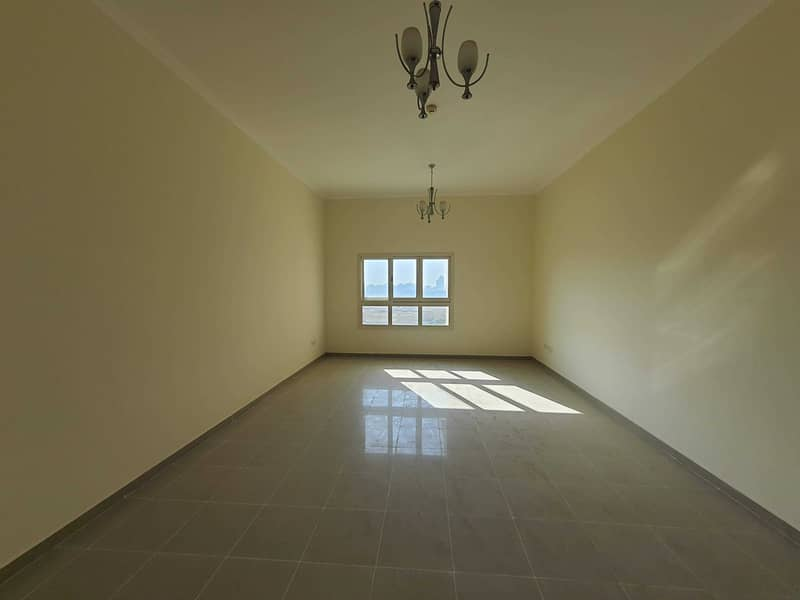 Super Spacious 2BR With Closed Kitchen
