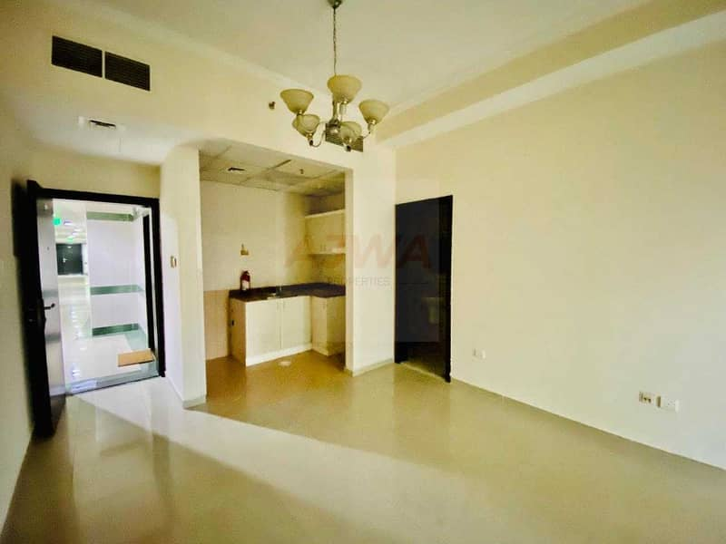 Fully Furnished   Lower  Floor   In Front JLT Metro Station