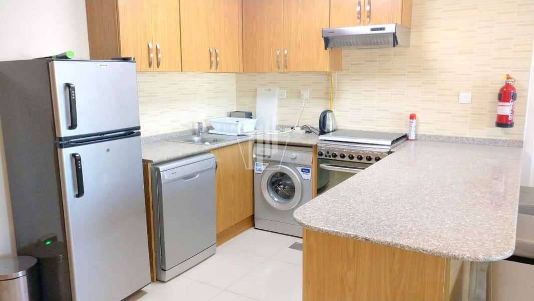 2 Fully Furnished luxurious 1 bed in suburbia