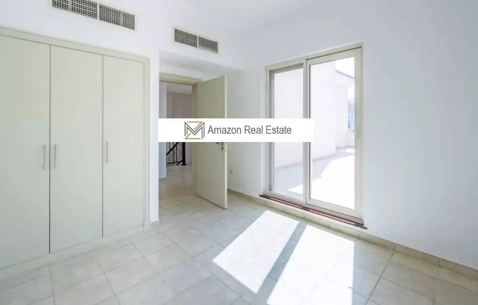 GOOD OFFER | Good Investment | Spacious 4 Bedroom + Maid's Room | SEVILLA - Dubai Sports City
