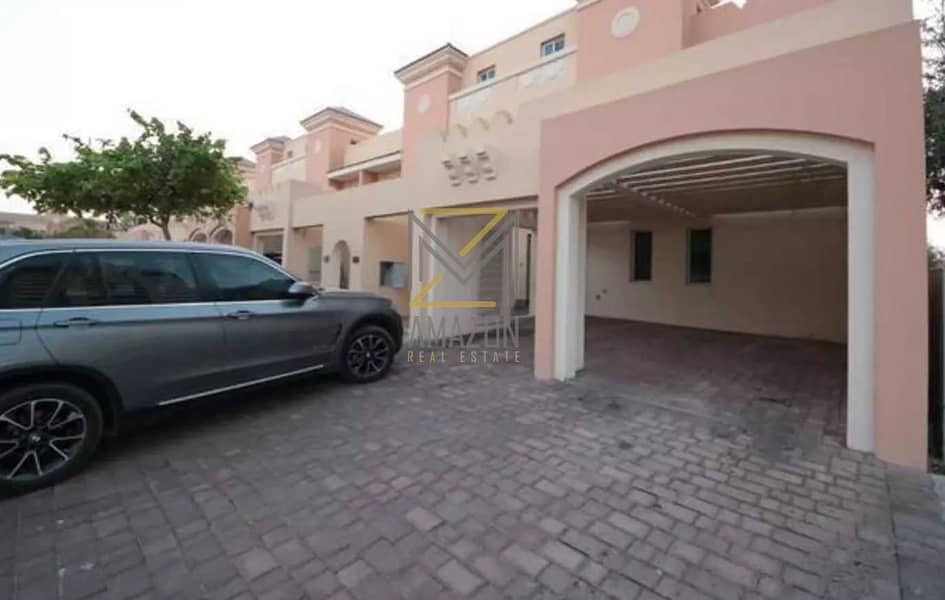 11 READY TO MOVE IN | Single Row | Huge and Spacious 4 Bedroom | Marbella Village - Victory Heights