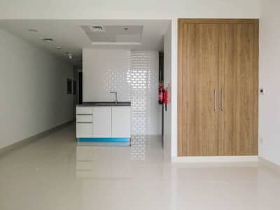 Studio for Rent in Dubai Residence Complex, Dubai - 2 Months Free 0% Commission Luxury Building