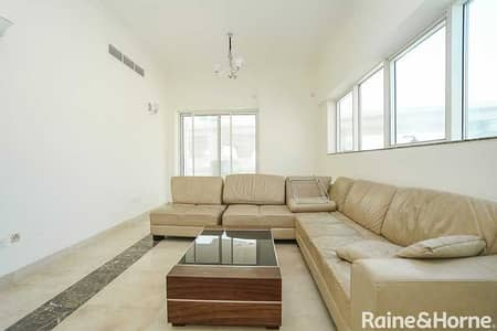 2 Bedroom Flat for Sale in Dubai Marina, Dubai - Spacious+Terrace   Open View   Easy Connectivity