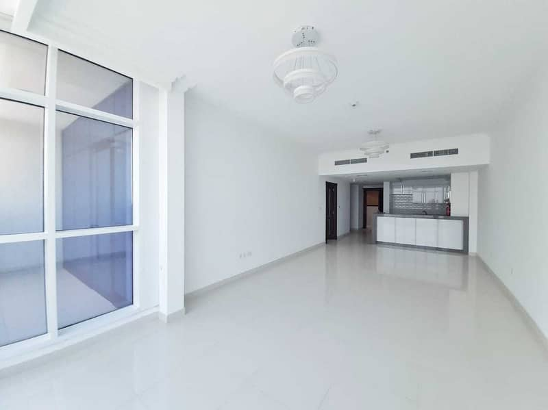 Spacious 1 Bedroom 0% Commission 1 Month Free