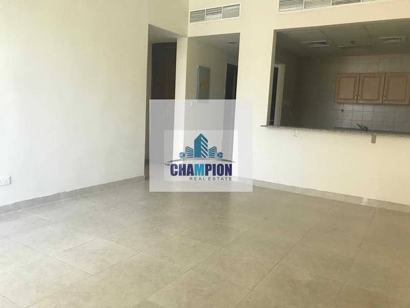 SPACIOUS 1 BEDROOM WITH BALCONY AT AMAZING LOCATION