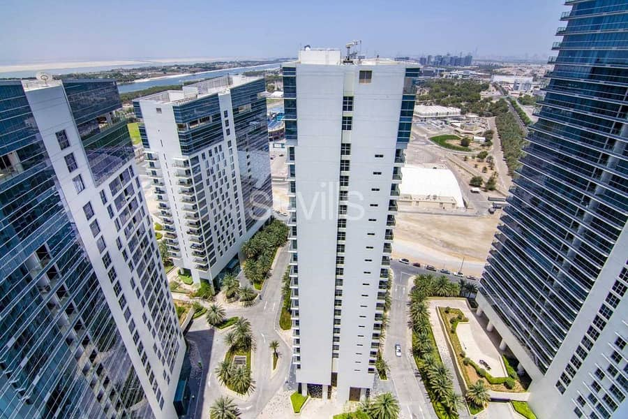 No agency fees: 3 bedroom High-end unit in Rihan Heights