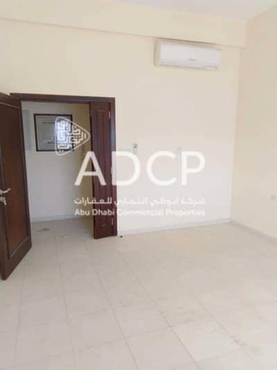 فلیٹ 2 غرفة نوم للايجار في الخبیصي، العین - 1-4 Payments: 2 Beds in Al Khabisi