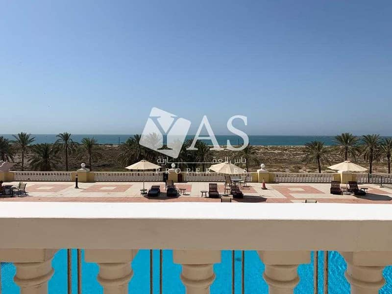2 Beautiful Studio | Magnificent Sea and Pool View