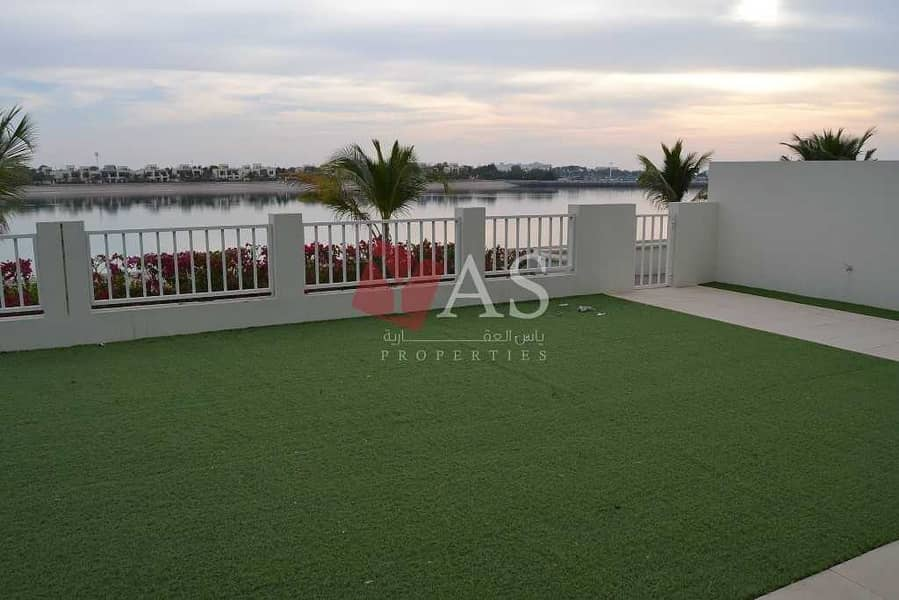 2 Outstanding   Sea View Villa    Investment