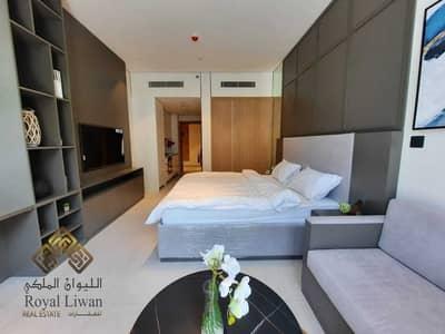 استوديو  للايجار في قرية جميرا الدائرية، دبي - Brand New Spacious and Bright Fully Furnished Studio for Rent