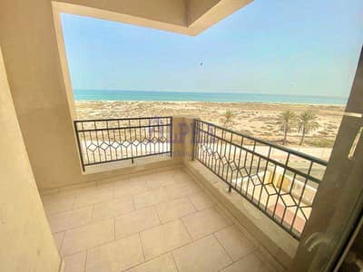 شقة 2 غرفة نوم للبيع في قرية الحمراء، رأس الخيمة - Sea View 2 Bedroom • Excellent Location