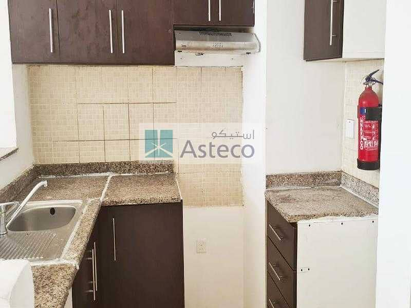 11 Well Maintained   Refurbished Kitchen   Vacant