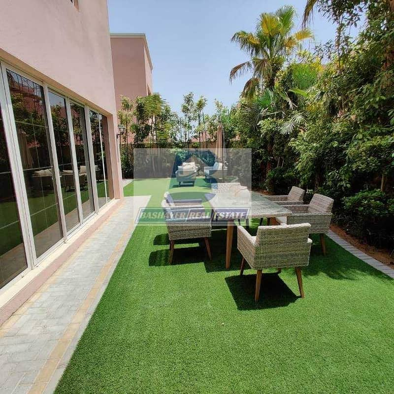 Large Independent Villa - Ready To Move - 5 Years service charge free- 50% DLD Waived