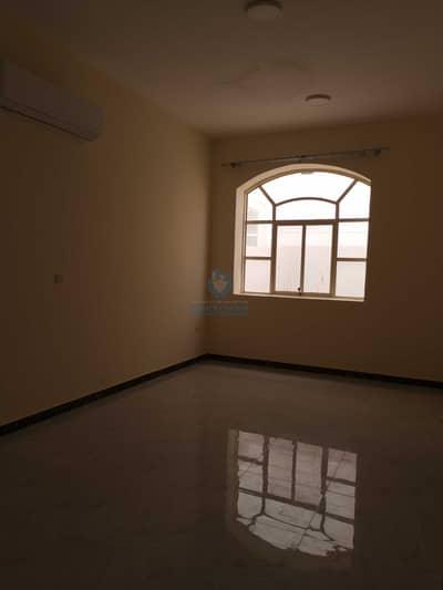 فیلا 5 غرف نوم للايجار في المرخانية، العین - Nice villa for rent in AL markhania