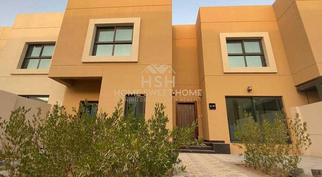 Single row Villa  Big spaces  Smart villa  Close Kitchen 5 Years service charge    Saving Bills 50%!!!