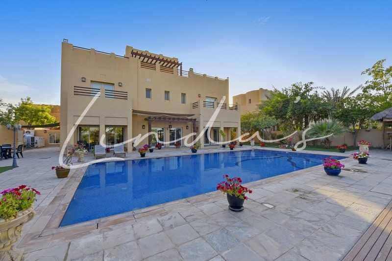 2 Golf Course View | L1 Type| Private Pool |
