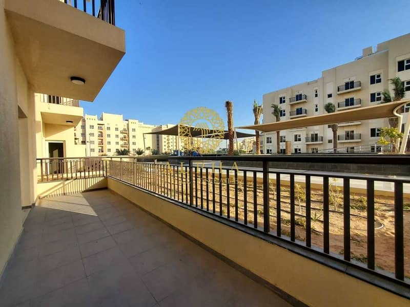 5 Brand NEW 1 bedroom apartment in Remraam