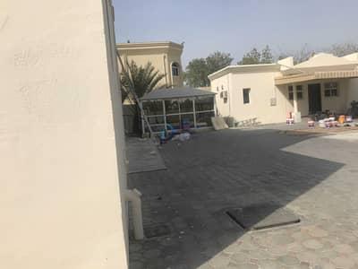 فیلا 4 غرف نوم للبيع في بر دبي، دبي - Huge Living Room Area | 4BR+ Maid | Corner Plot
