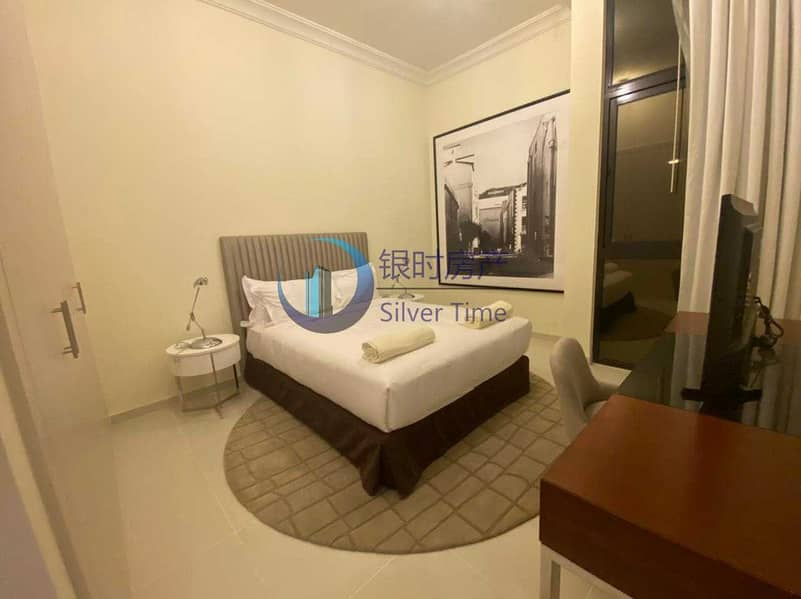 18 Huge Plot | TH-L-A | Brand new | Luxury Furnished