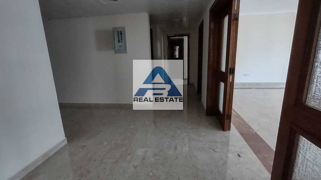 2 Large Renovated 04 bedrooms on Hamdan Street