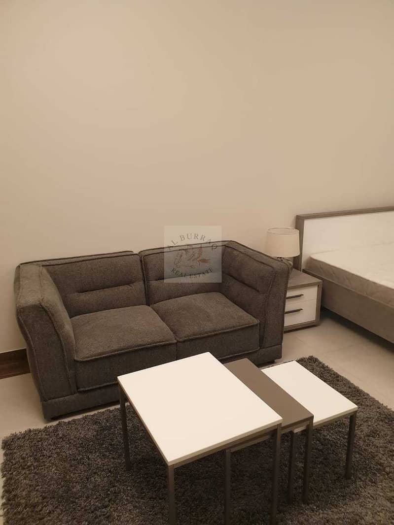 16 STUDIO IN BUSINESS BAY FURNISHED AND BRIGHT APARTMENT