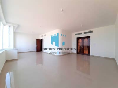 4 Bedroom Flat for Rent in Corniche Area, Abu Dhabi - Magnificent 4BHK w/ Breathtaking Sea Views | Maids & Parking !!!