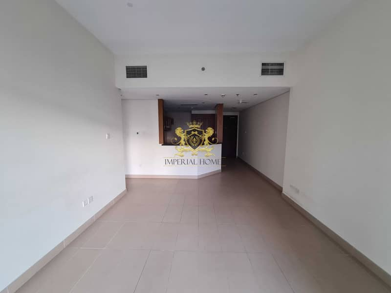 Hot Deal  1 Bed with Balcony in Lakeside JLT