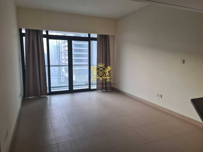 2 Hot Deal  1 Bed with Balcony in Lakeside JLT