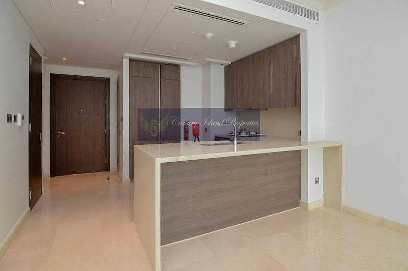 2 No Commission ! Luxuries Living ! 2 Bedroom