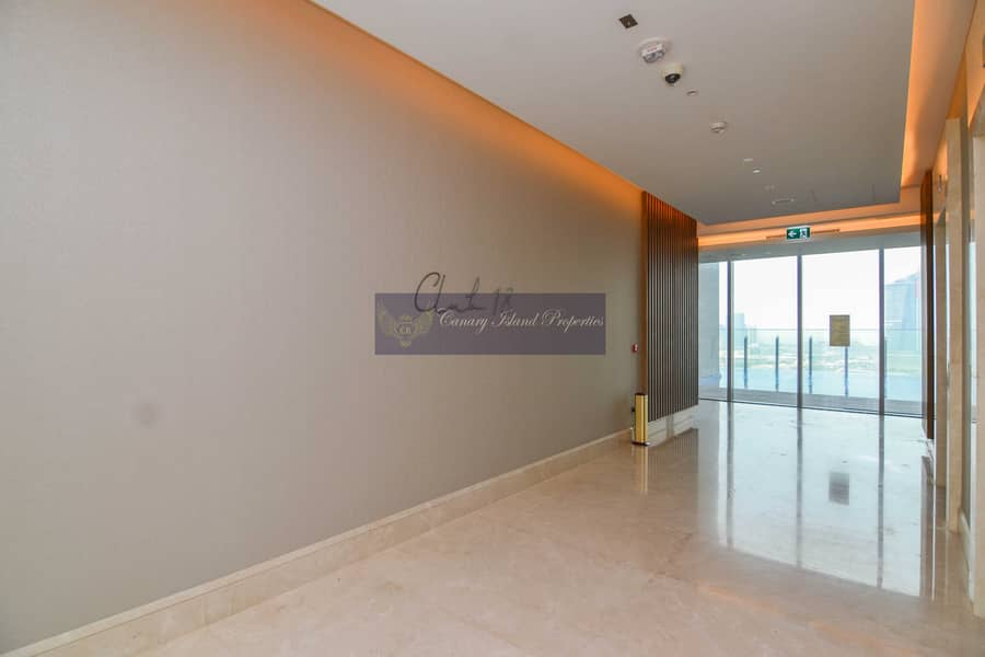 11 No Commission ! Luxurious Building ! 3 Bedroom