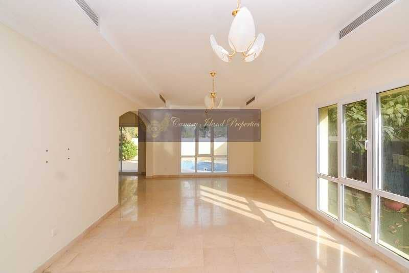 2 LAKE VIEW | UPGRADED | PRIVATE POOL | VOT