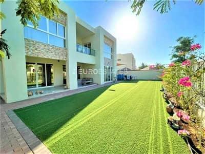 فیلا 4 غرف نوم للبيع في میناء العرب، رأس الخيمة - Upgraded Interiors | Luxurious Family Home