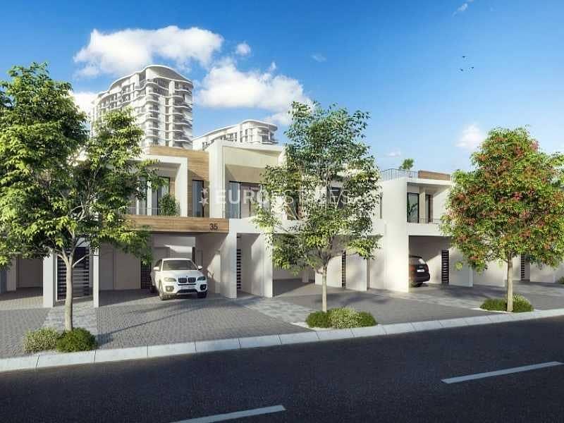 2 Fresh Listing  |  2 BR Marbella Townhouse