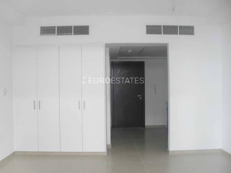 Lovely Studio Low-floor Apartment