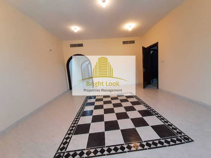 Delightful 3 BHK  with Maid's Room & Parking | 67