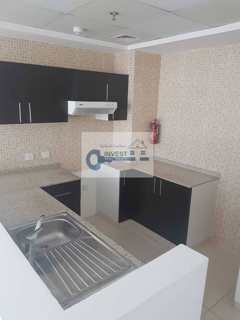 16 NICE 1 BEDROOM APARTMENT WITH POOL VIEW : 2 BALCONIES : READY TO MOVE : ONLY 28K IN 4 CHEQUES