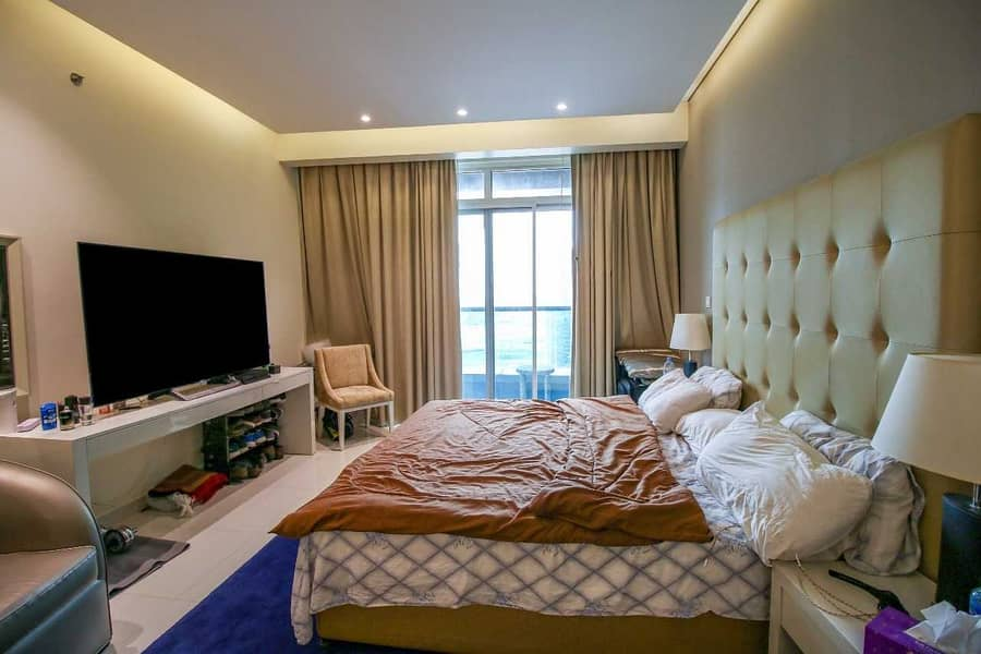 2 Luxurious   Full Canal View    Furnished Studio