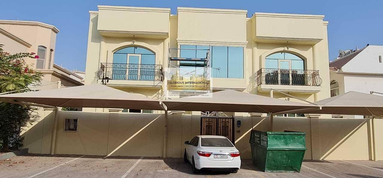 Prime Location! 8BHK Villa w/ 9 Car Parking