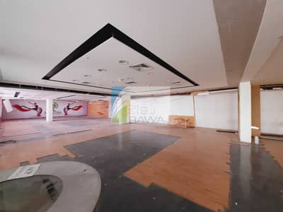 Shop for Rent in Business Bay, Dubai - PODIUM LEVEL - RETAIL SHOP ( SHELL & CORE  ) FOR RENT AT ONTARIO TOWER