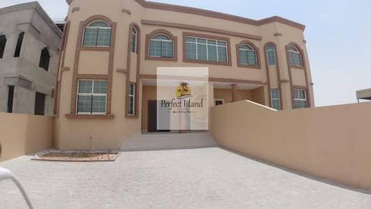 فیلا 3 غرف نوم للايجار في الشامخة، أبوظبي - Brand New Luxury Royal 3 BR + M | Private Entrance | Free W\E\M