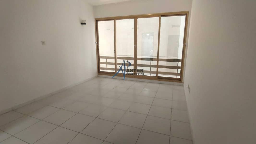 16 Big 3BR Apartment