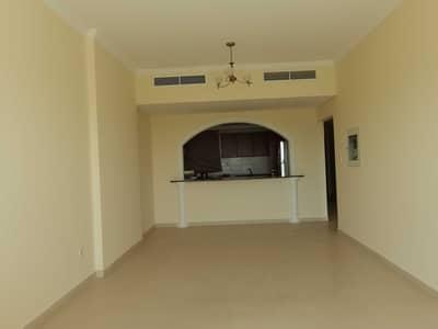 فلیٹ 1 غرفة نوم للايجار في مدينة دبي الرياضية، دبي - 2 balcony
