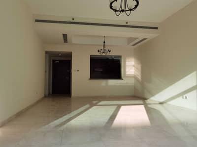 فلیٹ 1 غرفة نوم للايجار في الخليج التجاري، دبي - 12 cheques