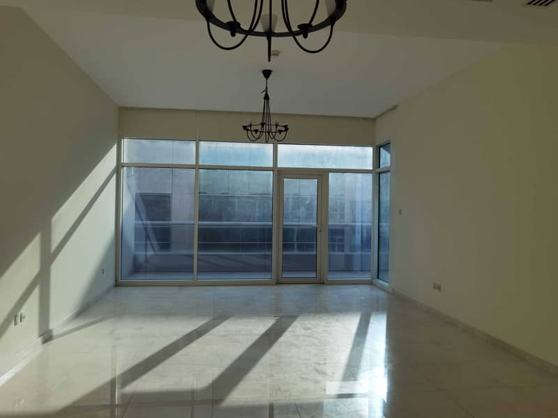 2 Large one bedroom for rent in bay Square business bay
